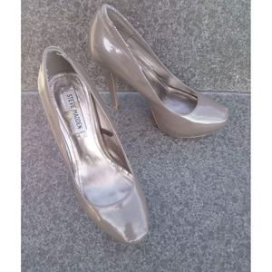 Steve Madden Roza Patent Leather Taupe Heels